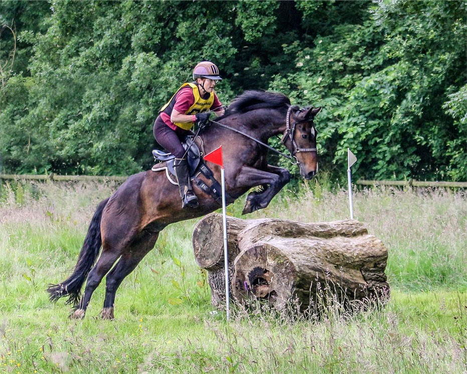 Senior Riders – Liz Davison